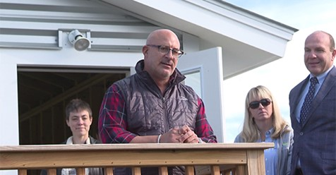 Weatherman Jim Cantore visits Vermont alma mater