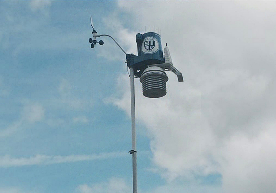 Maclay Middle School excited about the new WeatherSTEM unit on campus