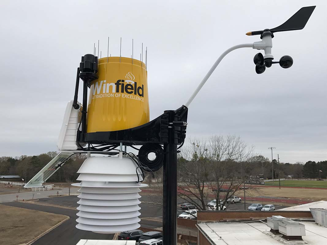 New weather station helps students and community monitor local weather